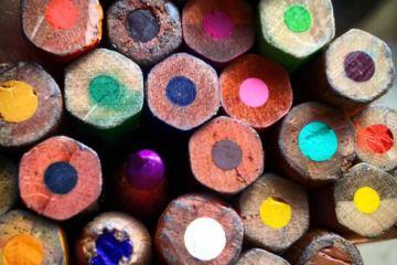 MJose-Cinti-matite-colore